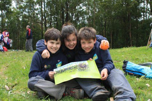 O Obradoiro Ambiental Sendas Carballo Pisa Forte pola V Primavera en Ruta